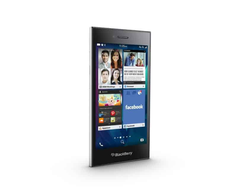 BlackBerry lancerer BlackBerry Leap i hvidt og skyggegrå i UAE.