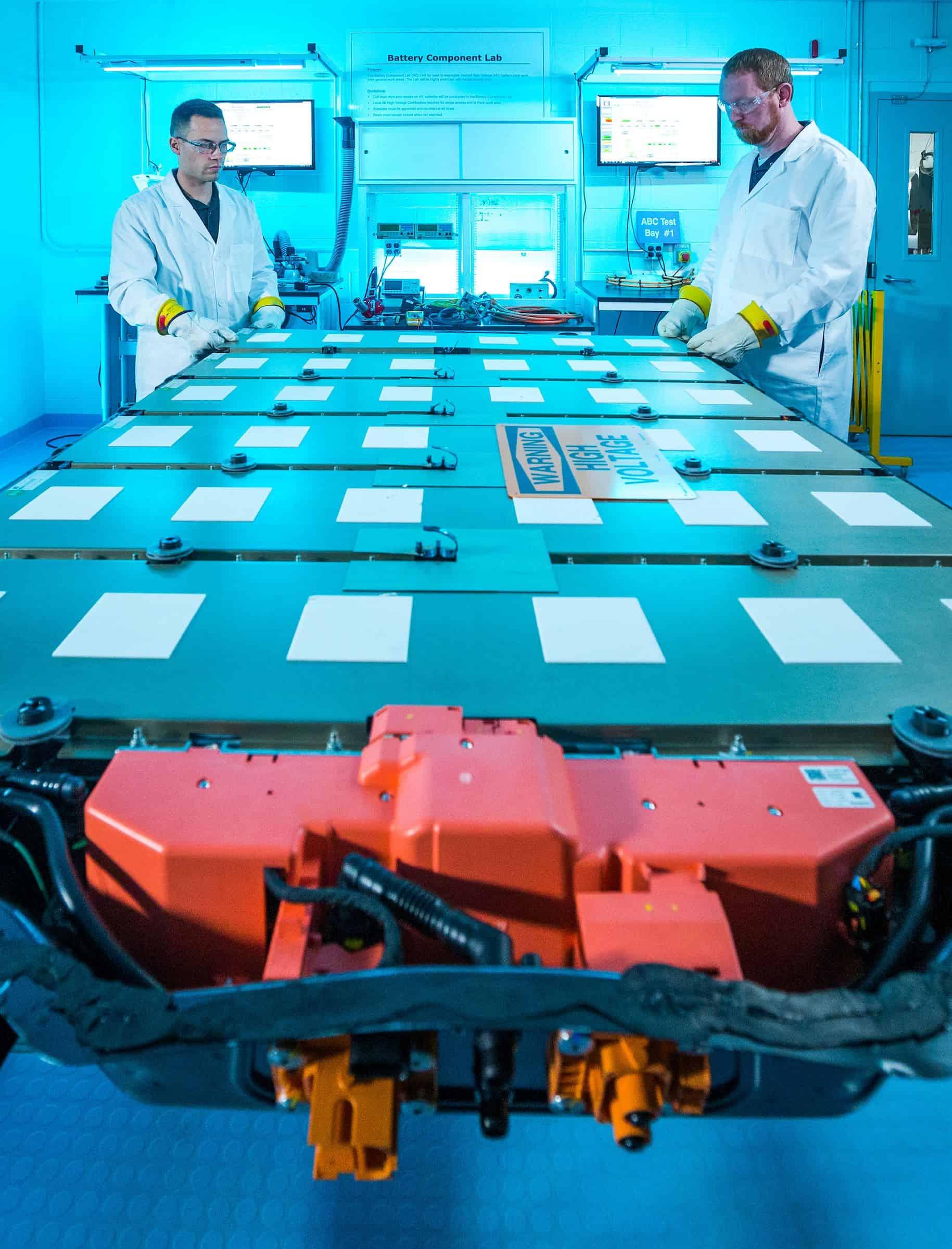 General Motors til debutindustriens første trådløse batteristyringssystem