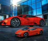build a lamborghini huracan in a 3D jigsaw puzzle