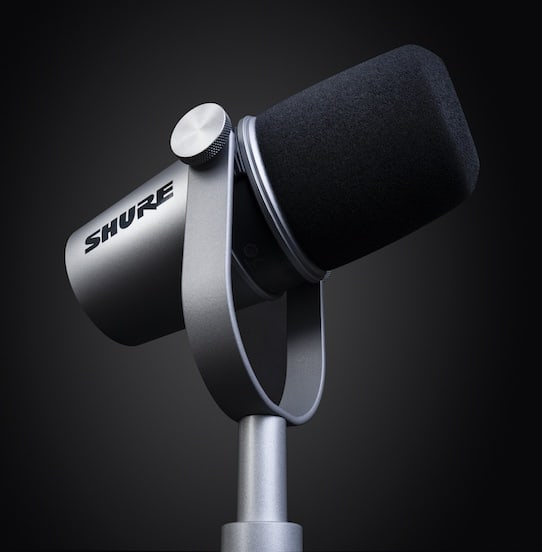 SHURE MV7 podcast microphone launches in the UAE, taking recording and streaming to the next level